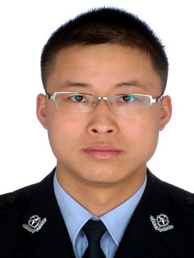 交警支队车所_丘北县公安局交通警察大队车辆管理所所长 雷玉德